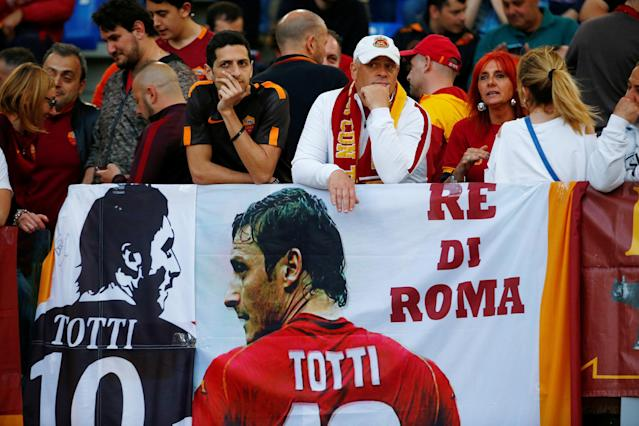 Soccer Football - Champions League Semi Final Second Leg - AS Roma v Liverpool - Stadio Olimpico, Rome, Italy - May 2, 2018 Roma fans display a banner in reference to Francesco Totti REUTERS/Tony Gentile