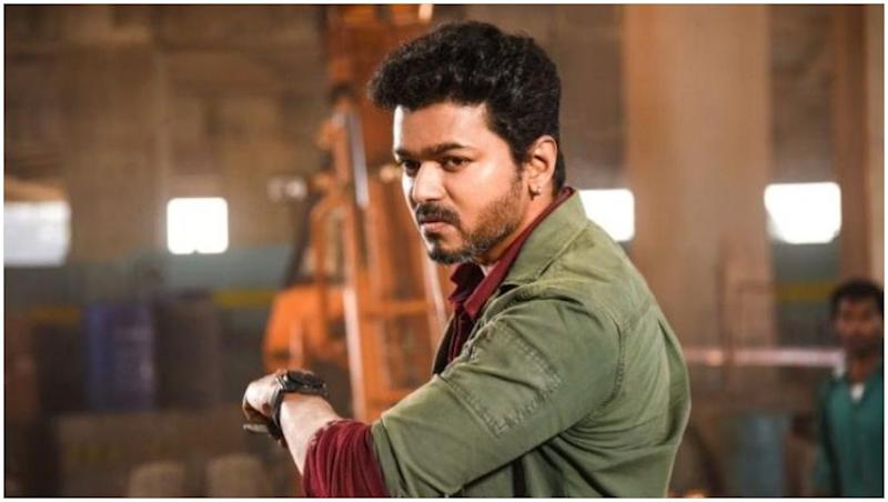 Sarkar Box Office: Thalapathy Vijay's Film Off To a Thunderous Start. Should Aamir Khan Be Worried?