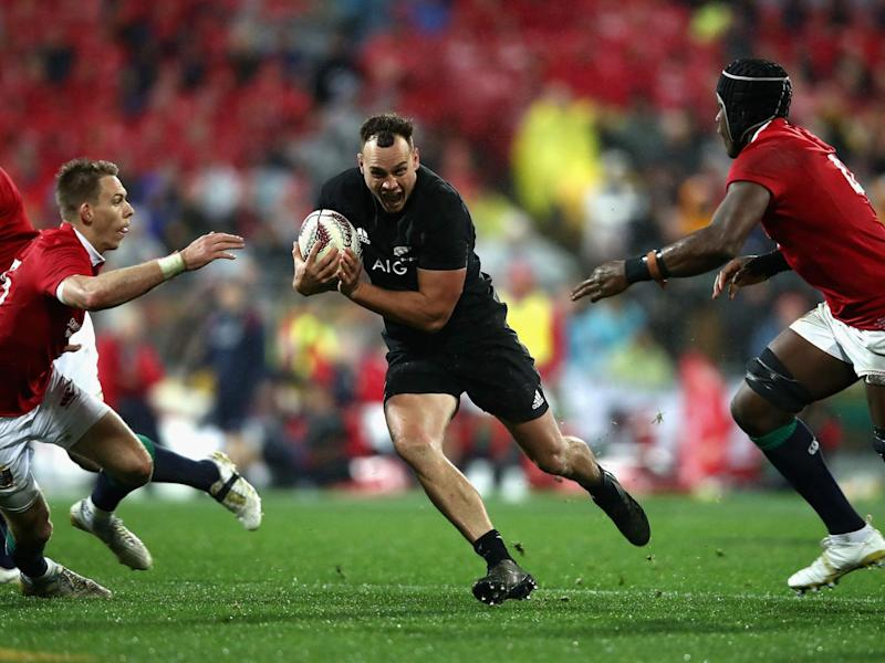 Israel Dagg was put under pressure from the high ball (Getty)