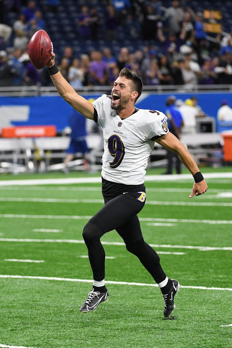 Baltimore Ravens kicker Justin Tucker celebrates his winning field goal to defeat the Detroit Lions, 19-17, at Ford Field on Sept.26, 2021 in Detroit.