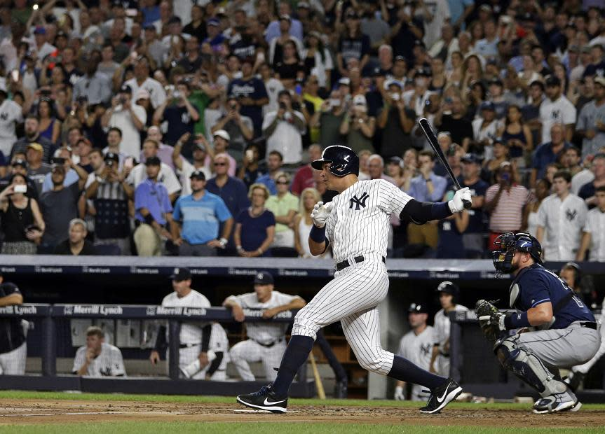 Alex Rodriguez smokes an RBI double to tie the game 1-1 in the first inning. (AP)