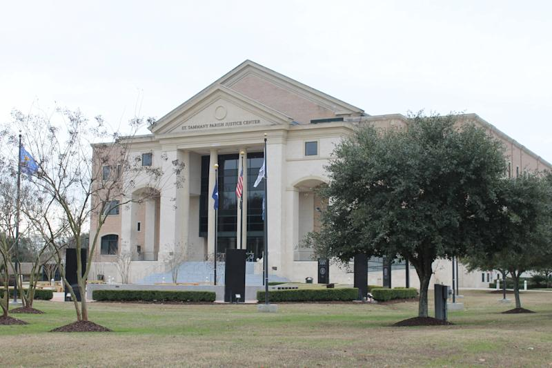 St. Tammany Parish courthouse. (David Lohr/HuffPost)