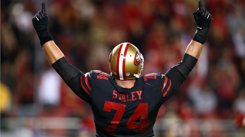 Joe Staley signs restructured contract with 49ers, report says