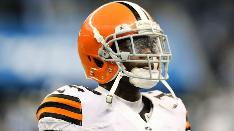 Browns sign Josh Gordon to exclusive rights tender