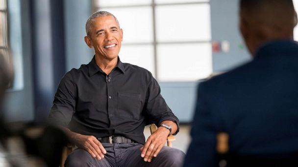 PHOTO: In this June 3, 2021, file photo, former President Barack Obama sits down for a one-on-one interview with Good Morning America Co-Anchor Michael Strahan. (Jeff Neira/ABC via Getty Images, FILE)