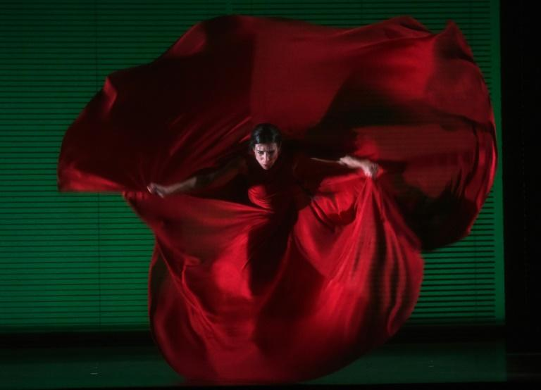 "Spanish dancer/choreographer Blanca Li performs a scene from her two woman show  ""Goddesses & Demonesses"" during a dress rehearsal at the City Center in New York"