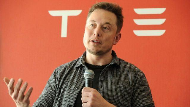 SEC wants judge to hold Musk in contempt over tweets