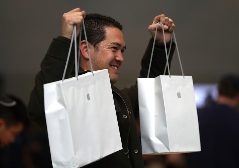 Apple still charges a premium price for so-so products.
