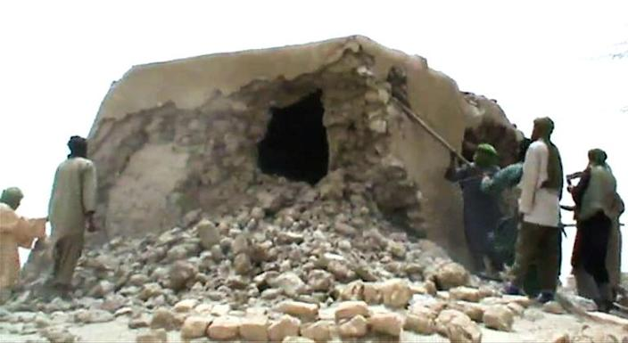 Jihadists destroyed ancient shrines in Timbuktu in 2012 (AFP Photo/STR)
