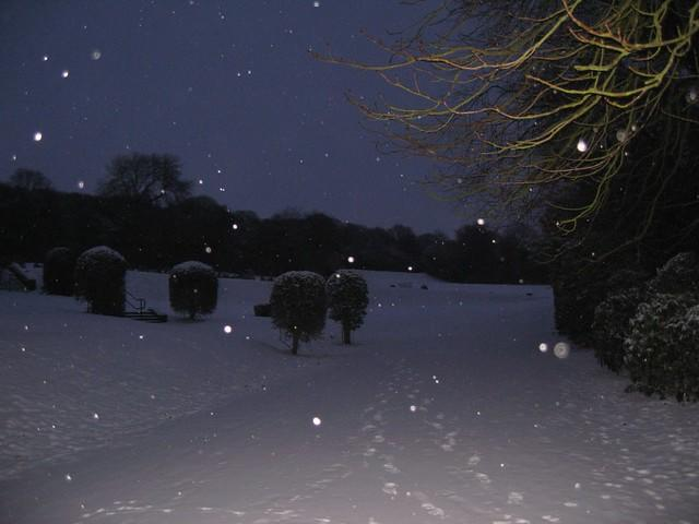 Snow in the cemetary