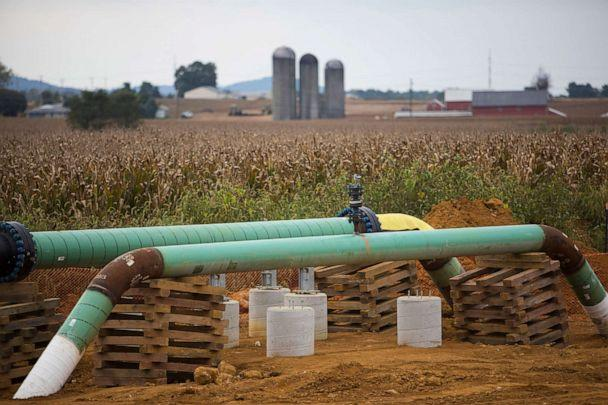 PHOTO: Two new Williams Transco pipelines used for transporting natural gas liquids lie exposed at the edge of a cornfield October 6, 2017, in Lebanon, Penn. (Robert Nickelsberg/Getty Images, FILE)