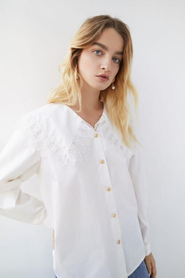 """This top comes in sizes XS to XL. <a href=""""https://fave.co/2UK2jeK"""" rel=""""nofollow noopener"""" target=""""_blank"""" data-ylk=""""slk:Find it at Urban Outfitters for $150"""" class=""""link rapid-noclick-resp"""">Find it at Urban Outfitters for $150</a>."""