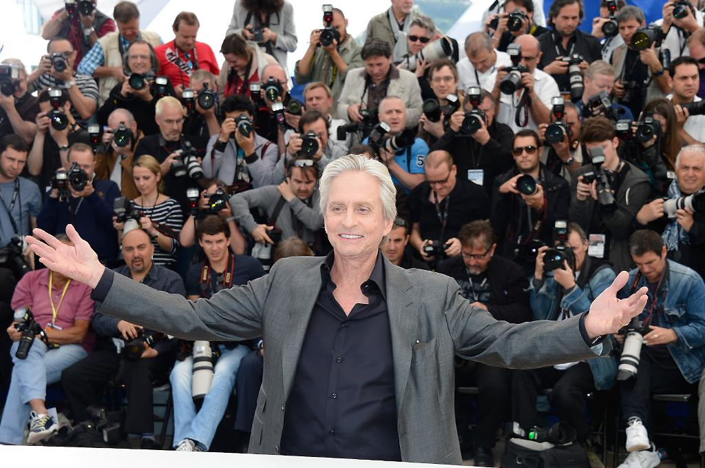 CANNES, FRANCE - MAY 21:  Actor Michael Douglas attends the 'Behind The Candelabra' Photocall during The 66th Annual Cannes Film Festival at the Palais des Festivals on May 21, 2013 in Cannes, France.  (Photo by Pascal Le Segretain/Getty Images)