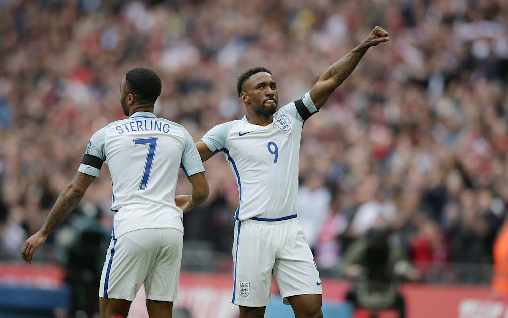 Defoe celebrates his goal against Lithunia