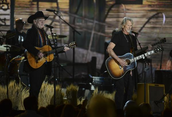 Nelson, Kristofferson and Haggard Resurrect the Highwaymen at Grammys