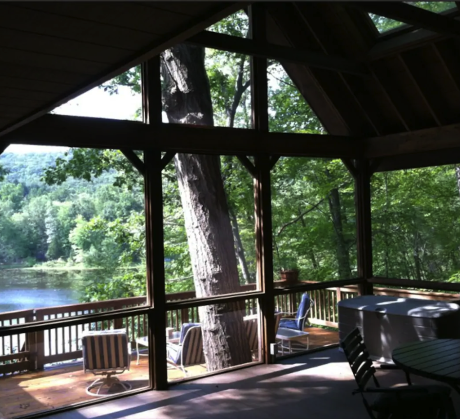 """<h2>Garrison Lake, New York</h2><br><strong>Location:</strong> Garrison, New York<br><strong>Sleeps:</strong> 4<br><strong>Price Per Night:</strong> <a href=""""http://airbnb.pvxt.net/6moVm"""" rel=""""nofollow noopener"""" target=""""_blank"""" data-ylk=""""slk:$566"""" class=""""link rapid-noclick-resp"""">$566</a><br><br>""""Tranquility and relaxation await at this beautiful lakefront home located just an hour from NYC. This is the perfect escape for those who want to feel like they are a world away, but may not want to drive for hours to get there.""""<br><br><h3>Book <a href=""""http://airbnb.pvxt.net/6moVm"""" rel=""""nofollow noopener"""" target=""""_blank"""" data-ylk=""""slk:Gorgeous Garrison Lake House Near NYC"""" class=""""link rapid-noclick-resp"""">Gorgeous Garrison Lake House Near NYC</a><br></h3>"""
