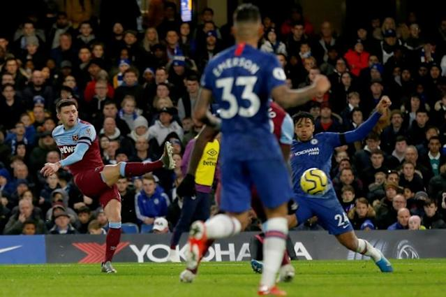 West Ham defender Aaron Cresswell put his team ahead at Chelsea (AFP Photo/Ian KINGTON)