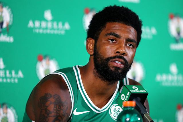 "<a class=""link rapid-noclick-resp"" href=""/nba/teams/bos"" data-ylk=""slk:Celtics"">Celtics</a> star <a class=""link rapid-noclick-resp"" href=""/nba/players/4840/"" data-ylk=""slk:Kyrie Irving"">Kyrie Irving</a> apologized on Monday for spreading his flat-Earth theory. (Getty Images)"