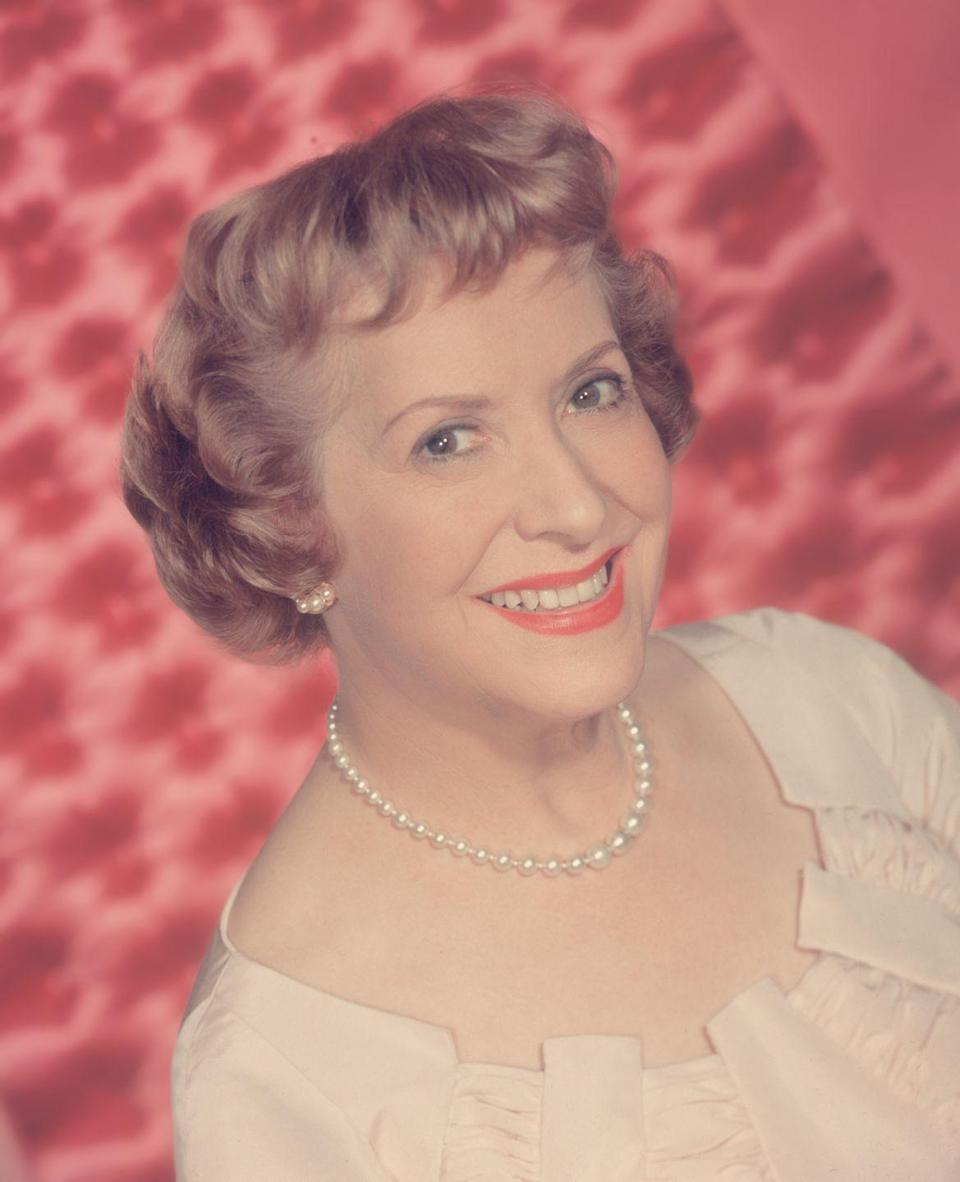 <p>Allen, a popular radio, TV, and film comedienne from the 30s to the '50s who starred alongside her husband George Burns, had one green eye and one blue.</p>