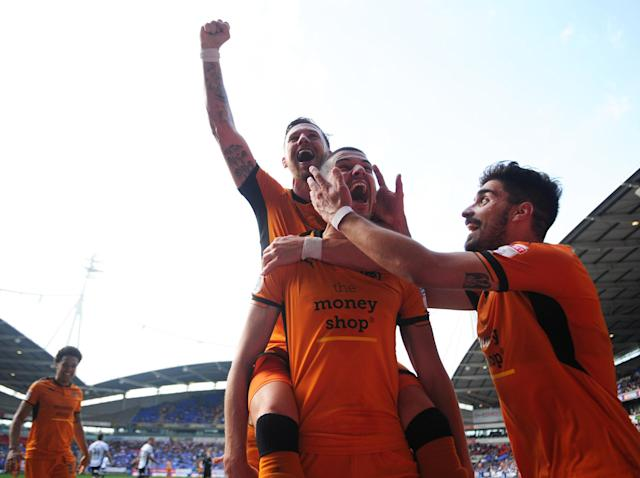 Wolves clinch Championship title as sorry Sunderland relegated to League One