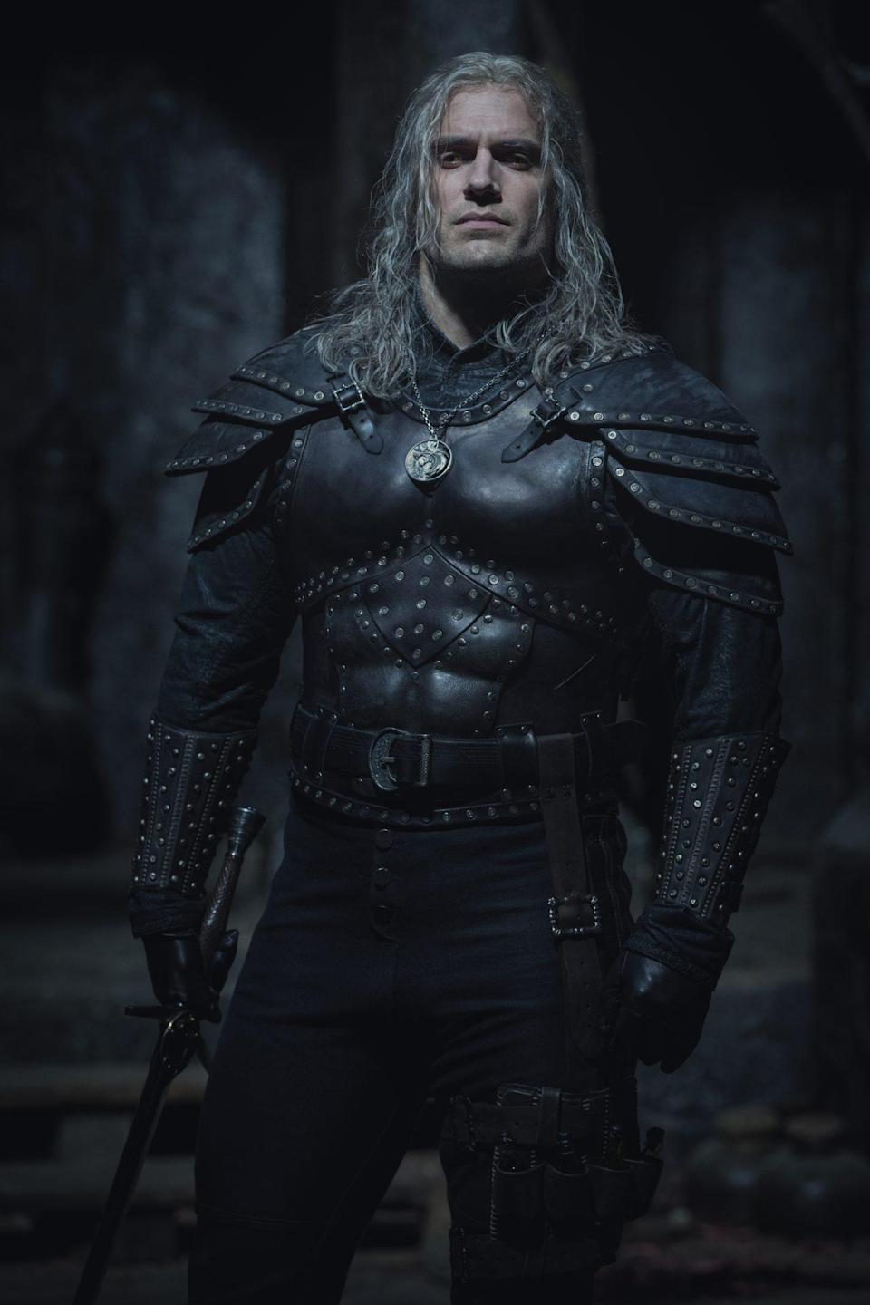 Henry Cavill Shares First Photos from THE WITCHER Season 2_2