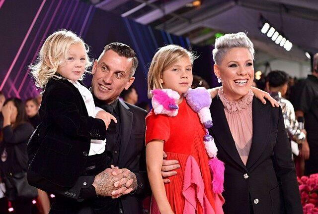 Pink, Carey Hart and their kids