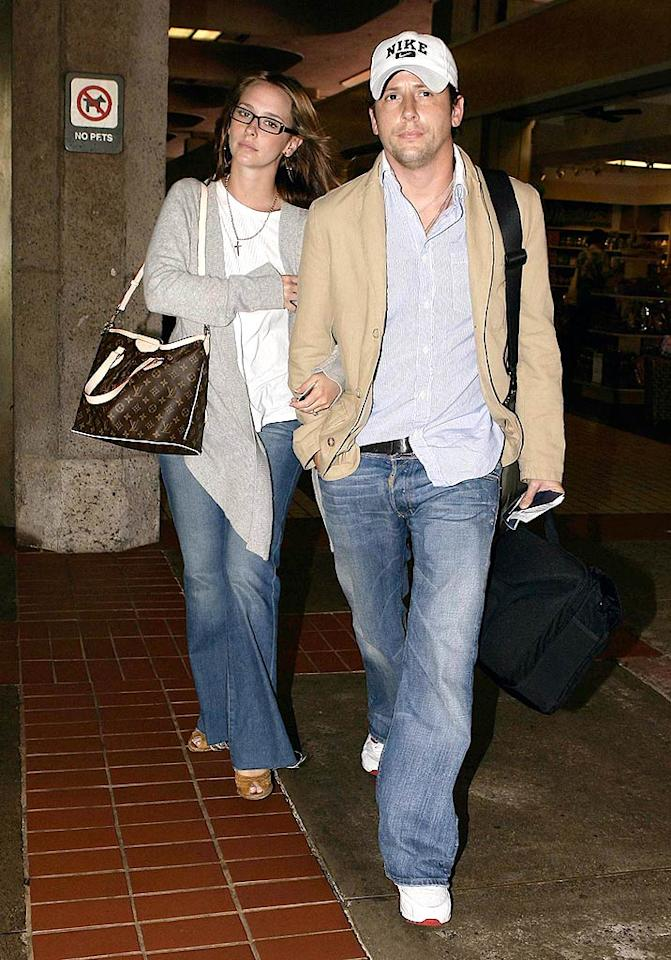 """She's been dating her """"Ghost Whisperer"""" co-star Jamie Kennedy for the majority of 2009, but at the beginning of the year, Jennifer Love Hewitt was still attached to her former fiance, Ross McCall. The couple called off their engagement on January 5. AlphaX/<a href=""""http://www.x17online.com"""" target=""""new"""">X17 Online</a> - December 2, 2007"""