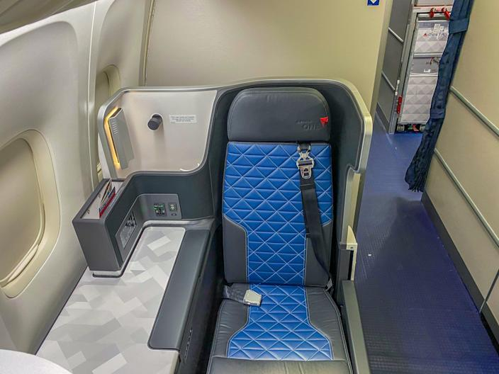 Flying Delta Air Lines During Pandemic Post-Middle Seat Block 2021