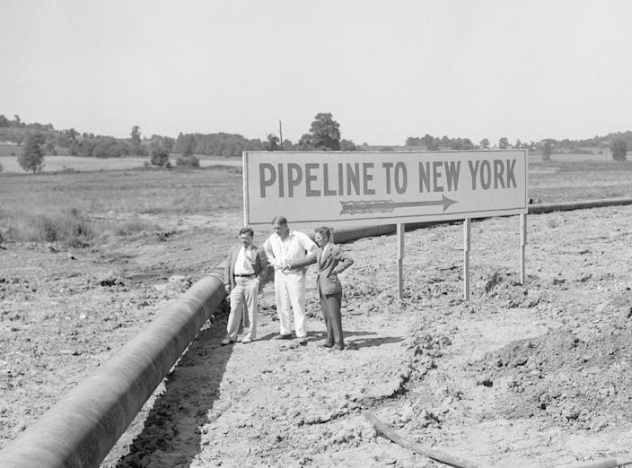 """<span class=""""caption"""">The """"Big Inch"""" oil pipeline at Phoenixville, Pennsylvania, around 1943. </span> <span class=""""attribution""""><a class=""""link rapid-noclick-resp"""" href=""""https://www.gettyimages.com/detail/news-photo/phoenixville-pa-a-congressional-committee-was-told-that-news-photo/515185136"""" rel=""""nofollow noopener"""" target=""""_blank"""" data-ylk=""""slk:Betttman via Getty Images"""">Betttman via Getty Images</a></span>"""