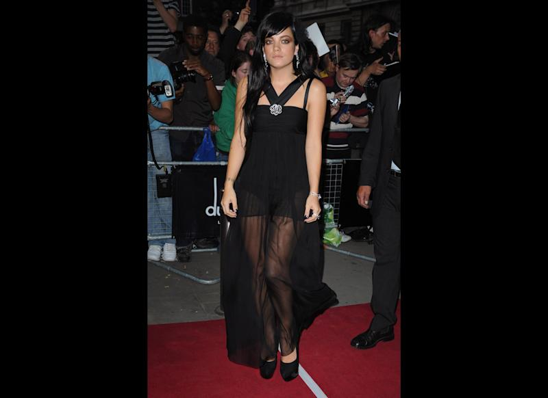 <strong>2009</strong> Lily arrives at the 2009 GQ Men of the Year Awards
