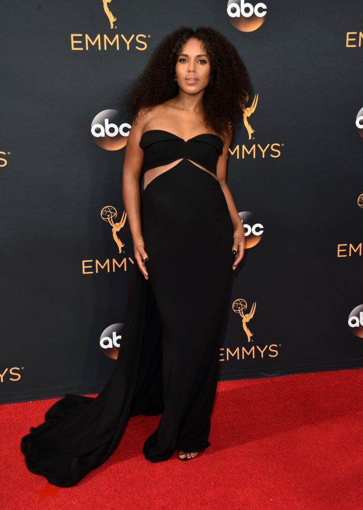 Kerry Washington S Big Curly Hair Was A Red Carpet Win At