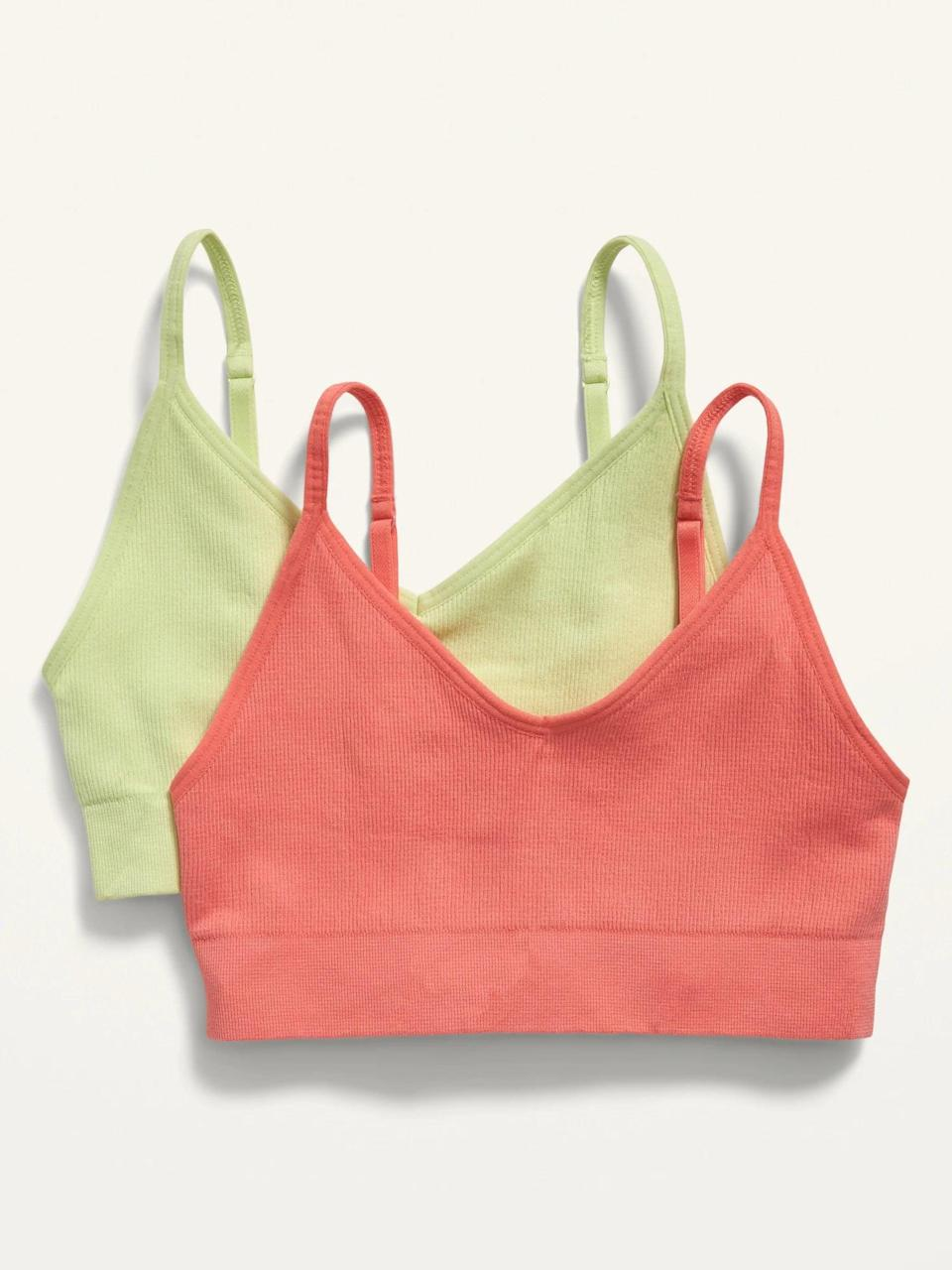 <p>The <span>Seamless Light Support Sports Bra 2-Pack</span> ($35) is the perfect pack to get if you want something you can wear all day everyday! It's a great option for low intensity workouts as well as working from home.</p>