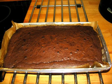 Allow the cooked brownies to cool for at least 2-3 hours