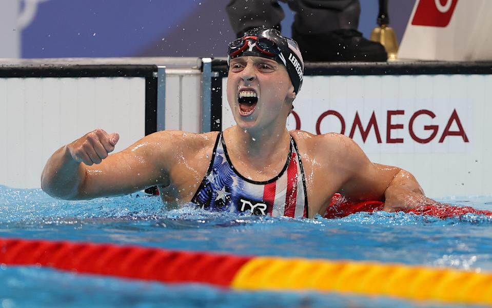 <p>TOKYO, JAPAN - JULY 28: Katie Ledecky of United States celebrates after winning the Women's 1500m Freestyle final on day five of the Tokyo 2020 Olympic Games at Tokyo Aquatics Centre on July 28, 2021 in Tokyo, Japan. (Photo by Ian MacNicol/Getty Images)</p>