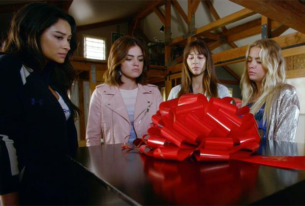Pretty Little Liars final season to feature a musical number