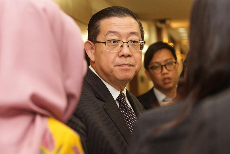 Lim gave his assurance that his ministry will cooperate with authorities investigating the matter. — Picture by Miera Zulyana