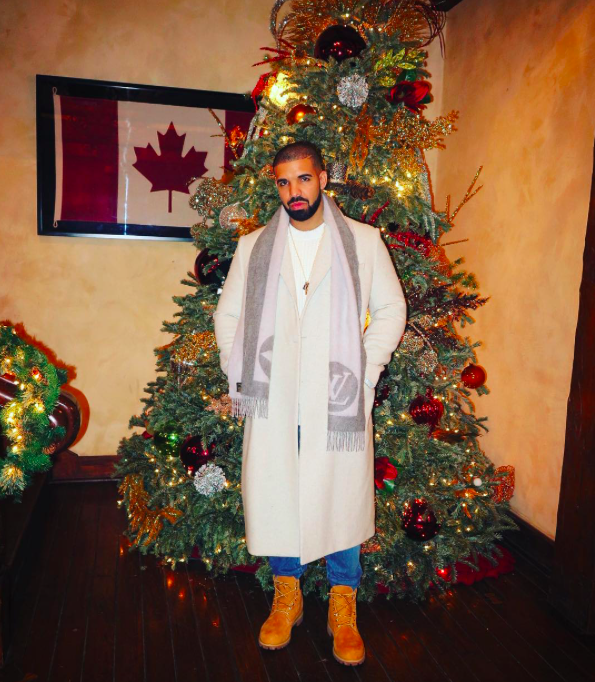 """<p>Drake is all about the Christmas — and Canadian — pride at his house. The """"Views"""" singer showed off his bedazzled tree. Showing off for <a rel=""""nofollow"""" href=""""http://www.tmz.com/2016/12/20/drake-jennifer-lopez-date-night/"""">Jennifer Lopez, perhaps?</a> </p>"""