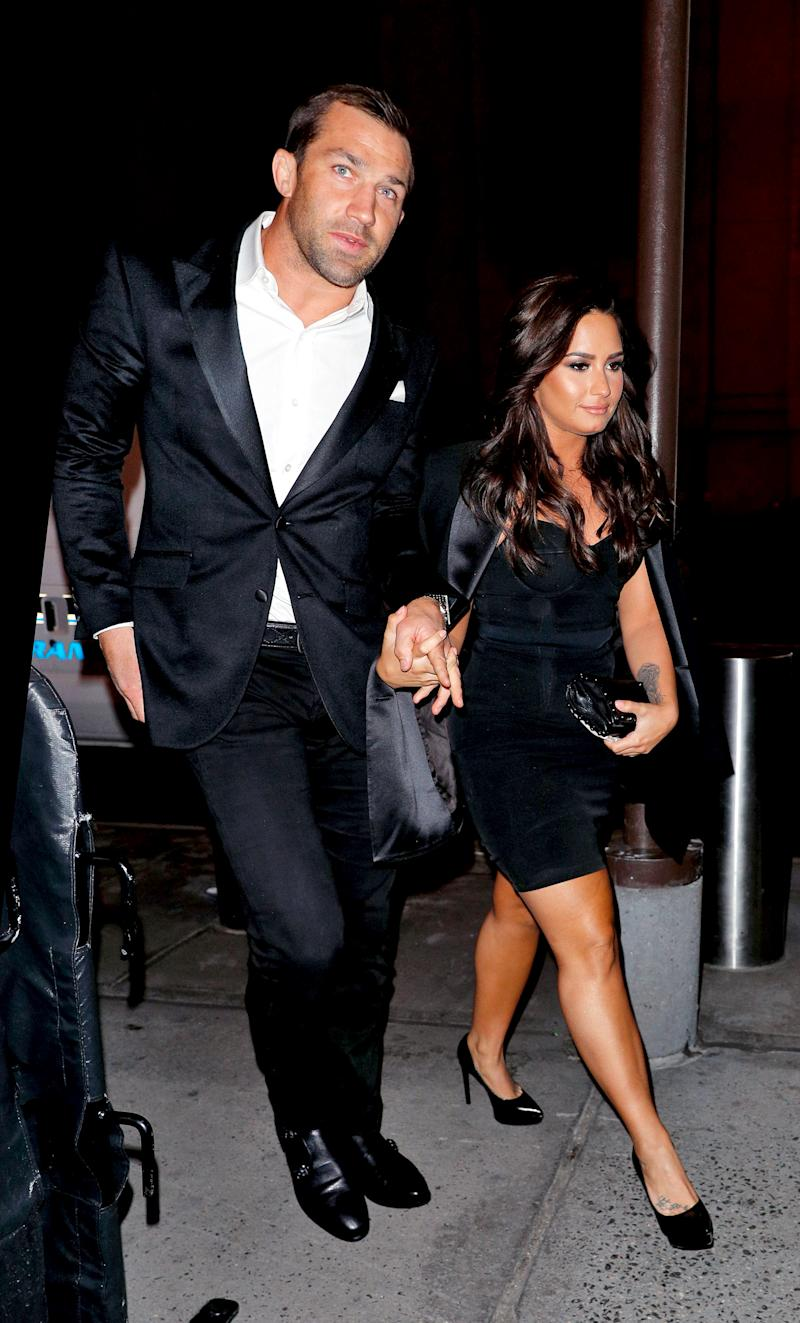 Its On Demi Lovato And Ufc Fighter Luke Rockhold Hold Hands In First Public Appearance Together