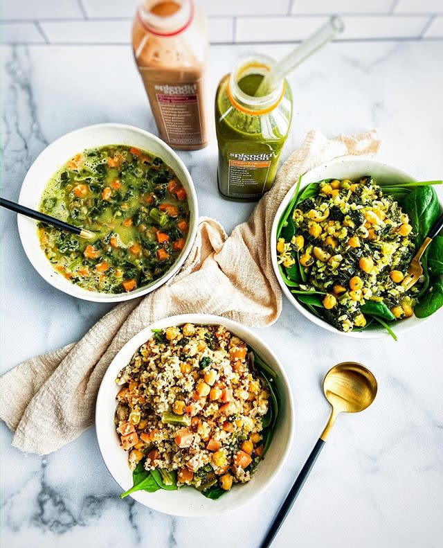 """<p><strong>Best for: low key health nuts.</strong> Splendid Spoon offers plant-based soups, smoothies, and grain bowls—gluten and GMO-free. Subscribers can order five smoothies a week, or add five soups or grain bowls. Choose between 14 smoothies and 27 different bowls for a variety of vegan meals.</p><p>$95 for five smoothies and five bowls per week.</p><p><a class=""""body-btn-link"""" href=""""https://go.redirectingat.com?id=74968X1596630&url=https%3A%2F%2Fsplendidspoon.com%2Fget-started%2F%3Firclickid%3DwJmXQO3HixyORdW07OwzdzZ-UknSnaRSQ0Njy80%26irgwc%3D1%26ircid%3D9621%26subid%3Dtownandcountrymag.com&sref=https%3A%2F%2Fwww.townandcountrymag.com%2Fleisure%2Fdining%2Fg31667965%2Fbest-food-and-wine-delivery-services%2F"""" target=""""_blank"""">SHOP NOW </a></p><p><a href=""""https://www.instagram.com/p/B9jx6VZpigk/?utm_source=ig_embed&utm_campaign=loading"""">See the original post on Instagram</a></p>"""