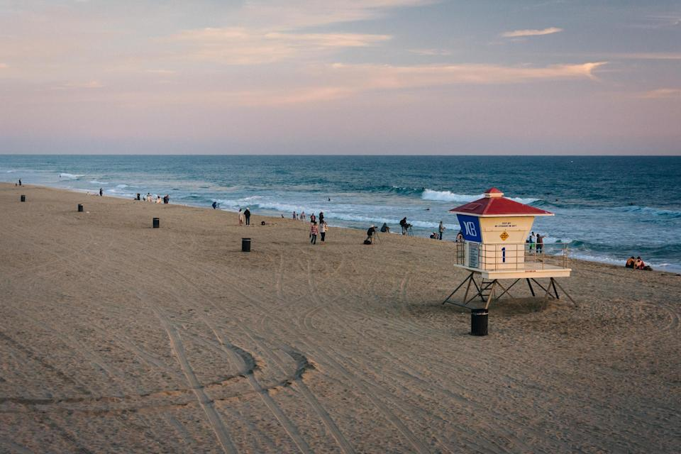 <p><strong>Give us the wide-angle view: what kind of beach are we talking about?</strong><br> Set amid a 121-acre park that was established in 1942 and spans the tippity-top of Orange County, the Huntington City Beach is the most iconic beach on the stretch. It's known for its surf breaks, International Surfing Museum, and vibrant day and nightlife.</p> <p><strong>How accessible is it?</strong><br> There's plenty of beach access on foot, with easy paid parking.</p> <p><strong>Decent services and facilities, would you say?</strong><br> There are tons of surf shops if you want to rent a board or buy a towel, plus heaps of restaurants, bars, local breweries, and a really cute pier. There's plenty of space to park on the sandy beach, but you'll want to bring your own umbrella and other accoutrements. This isn't like the Italian Riviera—you can't rent chairs and umbrellas.</p> <p><strong>How's the actual beach stuff—sand and surf?</strong><br> The water is warm in summer and doesn't require a wetsuit, and if you're up for boogie boarding, bodyboarding, or surfing there are some solid breaks here.</p> <p><strong>Anything special we should look for?</strong><br> It's not on the beach, but you'd remiss if you didn't get a fish taco—a true SoCal experience. Pick up the smoked marlin version at Normita's Surf City Taco, a local favorite.</p> <p><strong>If we're thinking about going, what—and who—is this beach best for?</strong><br> If you grew up admiring Southern California surf culture, Huntington is a must-stop.</p>