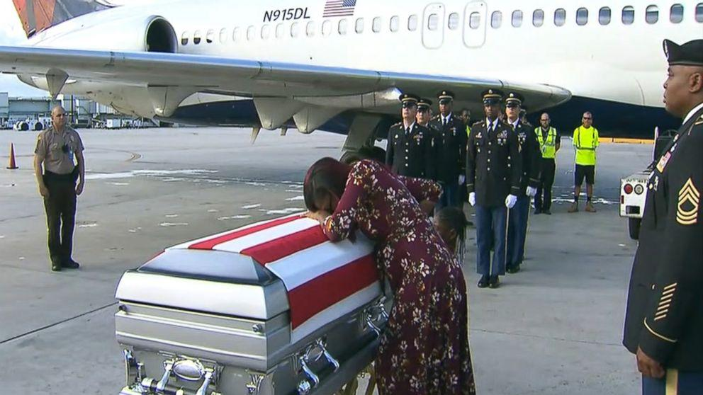 Trump denies telling widow of fallen soldier 'he knew what he signed up for' (ABC News)
