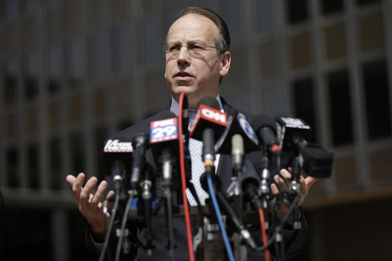 US judge in Philly weighs NFL concussion suits