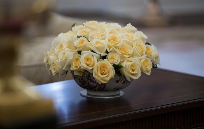 <p>Yellow roses are seen on a table in the newly renovated Oval Office of the White House in Washington, Tuesday, Aug. 22, 2017, during a media tour. (Photo: Carolyn Kaster/AP) </p>