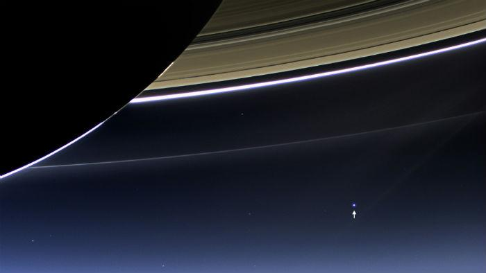 Earth and the Moon 'Photobomb' Saturn in This New NASA Picture