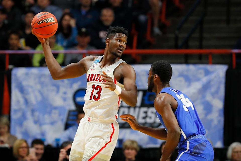 Arizona big man Deandre Ayton declared for the NBA draft shortly after the Wildcats' loss to Buffalo in the NCAA tournament. (Getty)