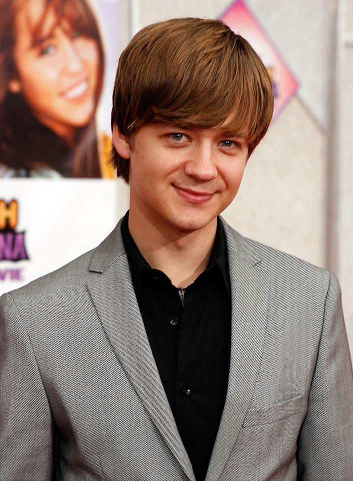 """<a href=""""http://movies.yahoo.com/movie/contributor/1809222068"""">Jason Earles</a> at the Los Angeles premiere of <a href=""""http://movies.yahoo.com/movie/1810025272/info"""">Hannah Montana The Movie</a> - 04/02/2009"""