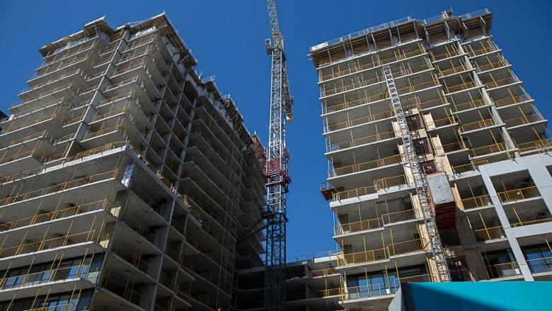 Toronto's future condo market not building enough bedrooms for millennial families: report