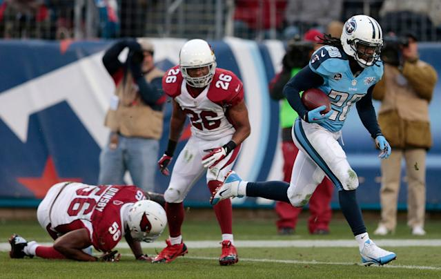 Chris Johnson (28) will retire with the Titans on Wednesday. (AP)