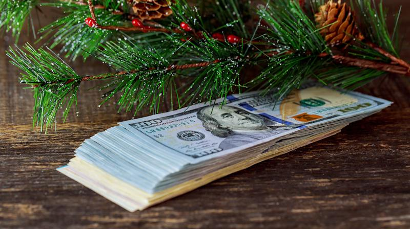 'Tis the season for giving. But how much? And to whom?