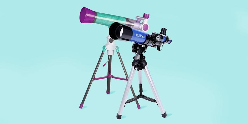 """<p>Children love looking up at the stars and imagining distant galaxies, but with just your eyes, you can only see so much. Telescopes for kids can help them explore stars and planets, stimulating both their imagination and STEM skills. </p><p>Telescopes work by using a lens or curved mirror to gather and focus light from the sky, so you can see the stars and planets more clearly. The ability to collect light is related to the diameter of the lens or mirror (a.k.a aperture); the larger the telescope's aperture, the more you can see. </p><p>Worried about knowing which is the best telescope to buy? Trust the science-backed testing at <a href=""""https://www.goodhousekeeping.com/institute/about-the-institute/a19748212/good-housekeeping-institute-product-reviews/"""" rel=""""nofollow noopener"""" target=""""_blank"""" data-ylk=""""slk:The Good Housekeeping Institute"""" class=""""link rapid-noclick-resp"""">The Good Housekeeping Institute</a>. The <a href=""""https://www.goodhousekeeping.com/childrens-products/toy-reviews/"""" rel=""""nofollow noopener"""" target=""""_blank"""" data-ylk=""""slk:GH Little Lab"""" class=""""link rapid-noclick-resp"""">GH Little Lab</a> is comprised of engineers who evaluate <a href=""""https://www.goodhousekeeping.com/childrens-products/toy-reviews/g31132135/best-new-toys-2020/"""" rel=""""nofollow noopener"""" target=""""_blank"""" data-ylk=""""slk:toys"""" class=""""link rapid-noclick-resp"""">toys</a> and science tools for accuracy, ease of use, and safety. Plus, we test with kids of all ages who use the toys and provide the kind of unbiased feedback only kids can. These picks are from top tested brands, telescopes with innovative new features, or products with rave online reviews. </p><h2 class=""""body-h2"""">What's the best telescope for my child?</h2><p>When buying a kids telescope, there are many factors to consider, but we recommend focusing on telescope type, aperture size, ease of use features, and cost. Telescopes are available in three general types:</p><ul><li> <strong>Refractor telescopes </strong>are the most common """